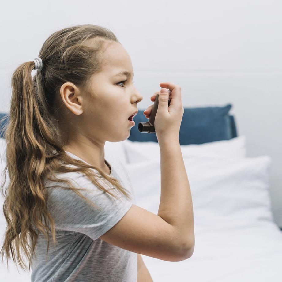 enfant asthmatique et coronavirus