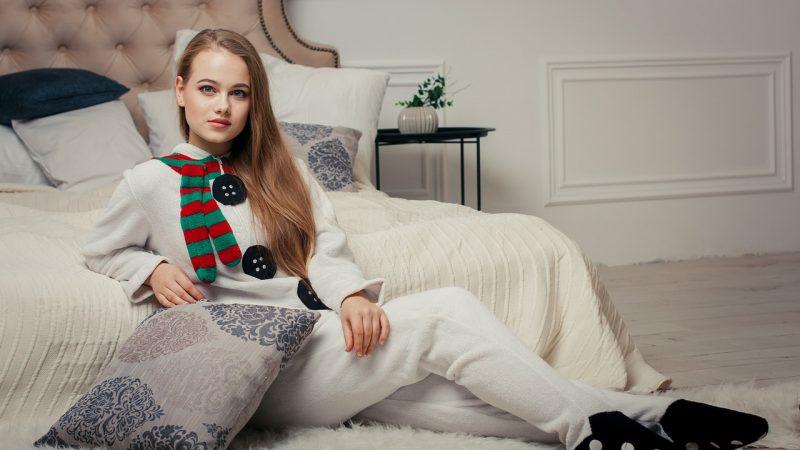 Le pyjama, l'accessoire confort indispensable pour la maison