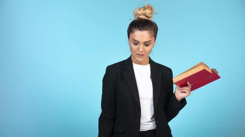 Comment bien porter une veste blazer pour femme?
